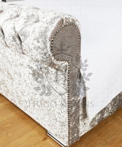 sleigh bed crushed velvet3