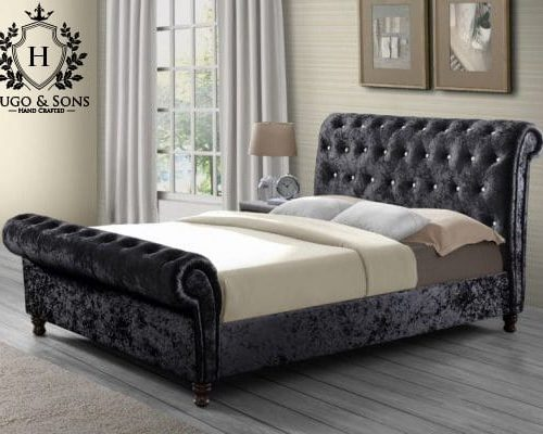 The Sleigh Bed - Hugo & Sons 2