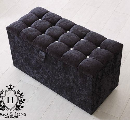 black blanket storage box