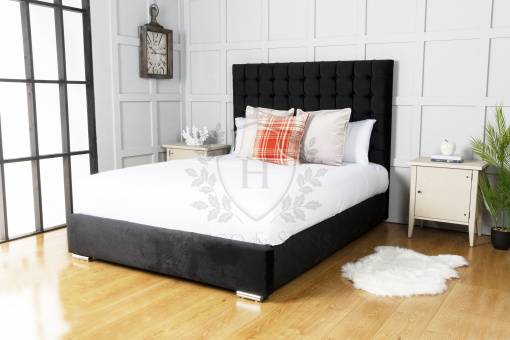 Paris bed with ottoman